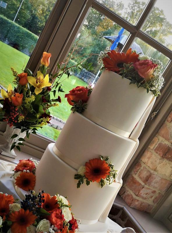 wedding cake - Garden Room - The Olde Post Inn, Cavan